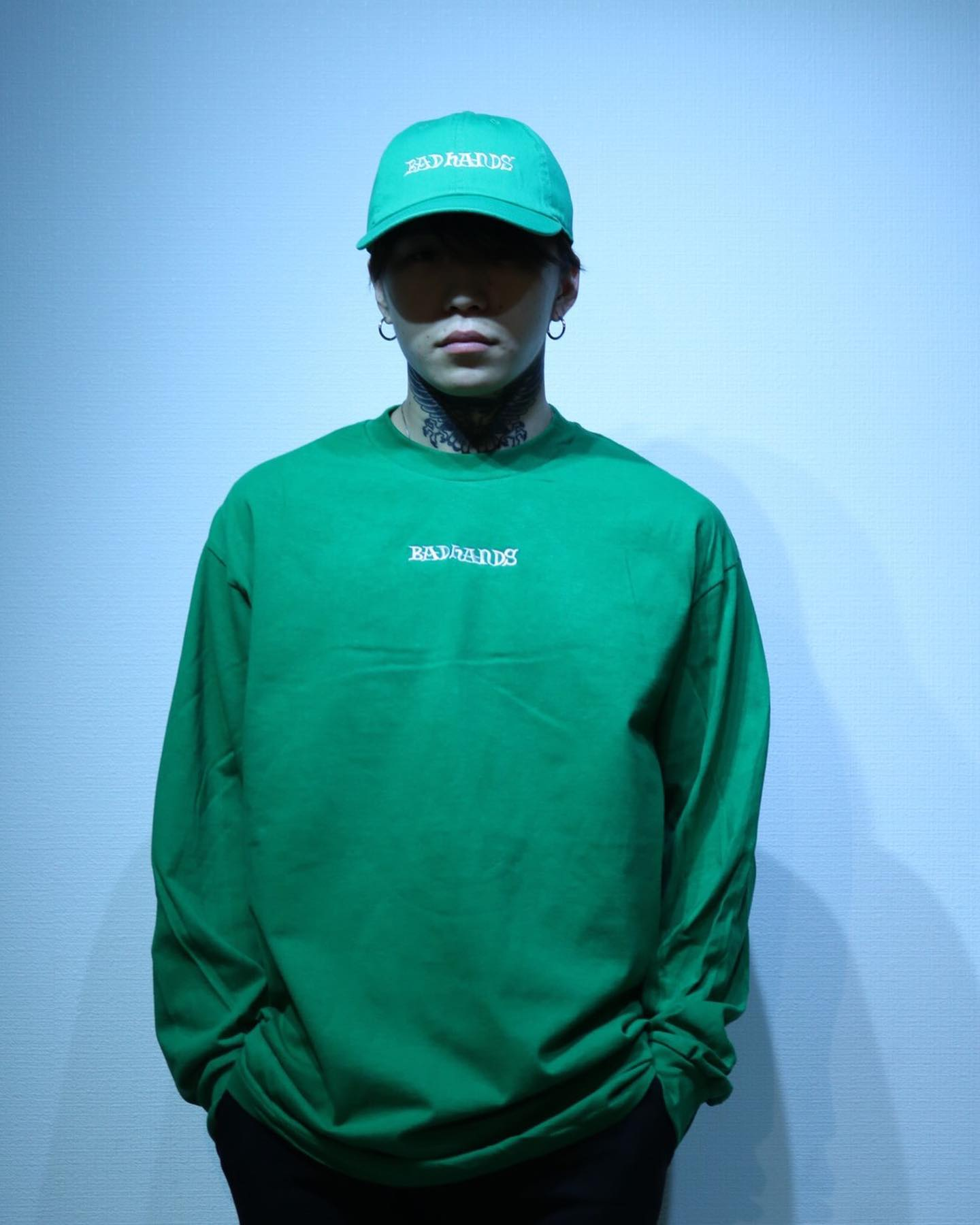 BAD HANDS 2020 L/S Greenの写真